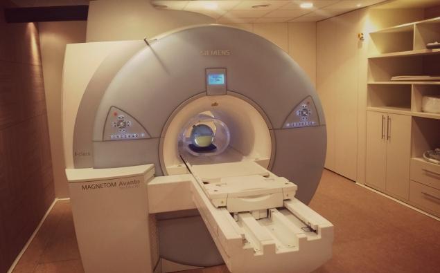 MRI & CT